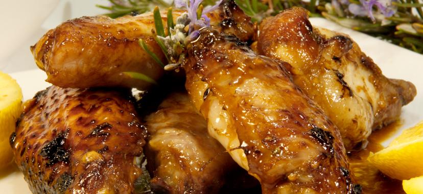 Alitas de pollo en salsa de soja, limón y miel