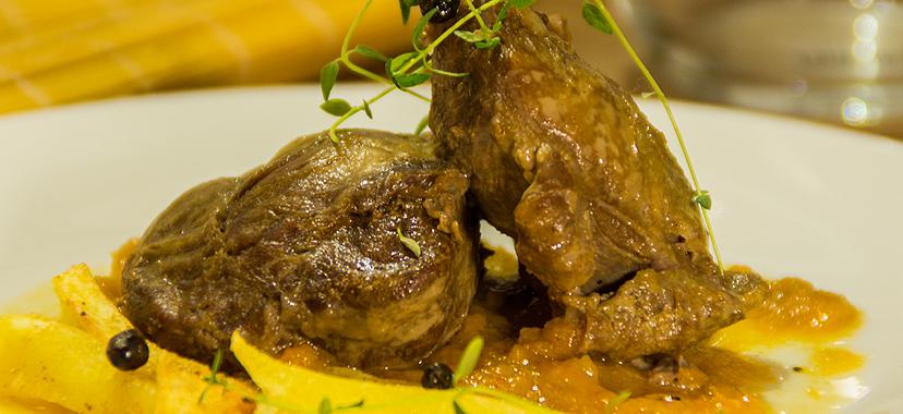 Carrilleras ibéricas en salsa