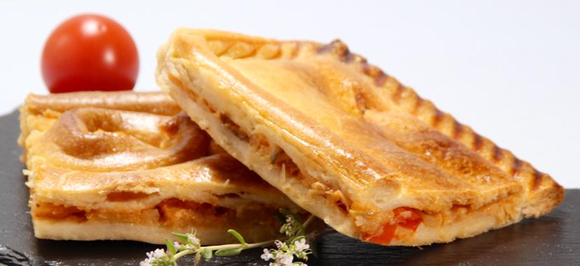 Empanada de bacalao con manzana