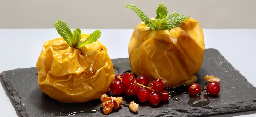Manzanas asadas con nueces y miel