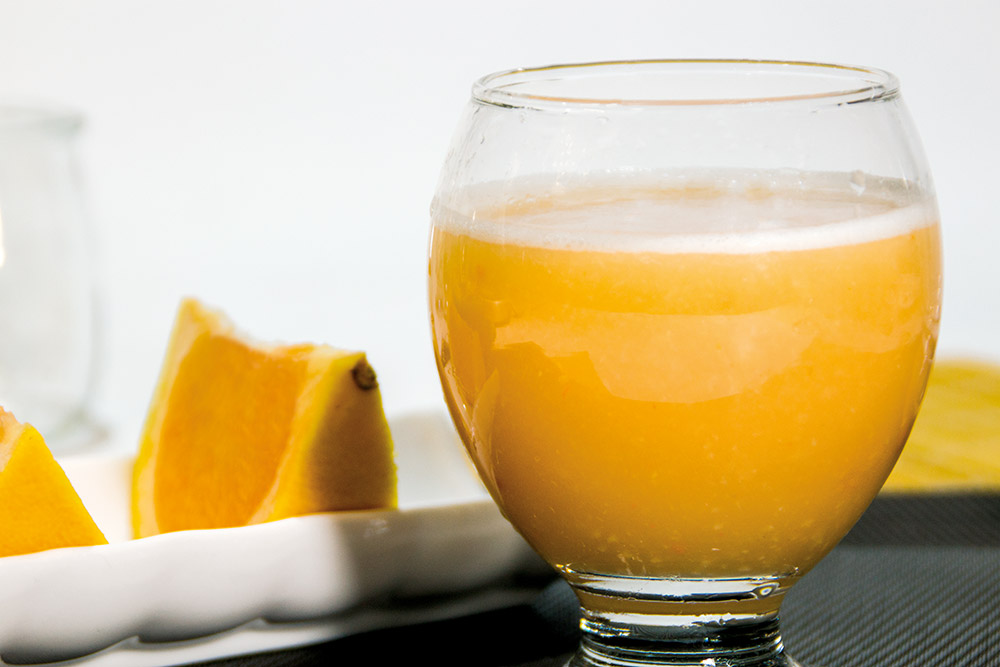 Zumo de pomelo, jengibre y melaza