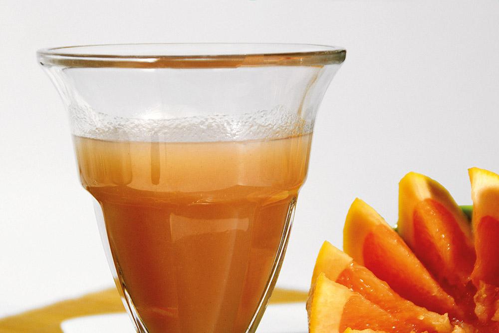Zumo de pomelo, manzana y miel