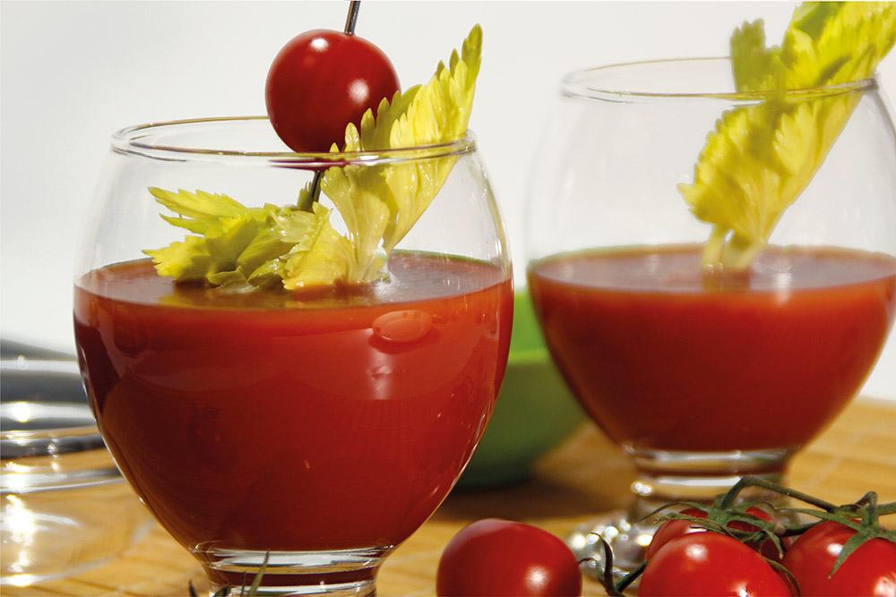 Zumo de tomate y apio