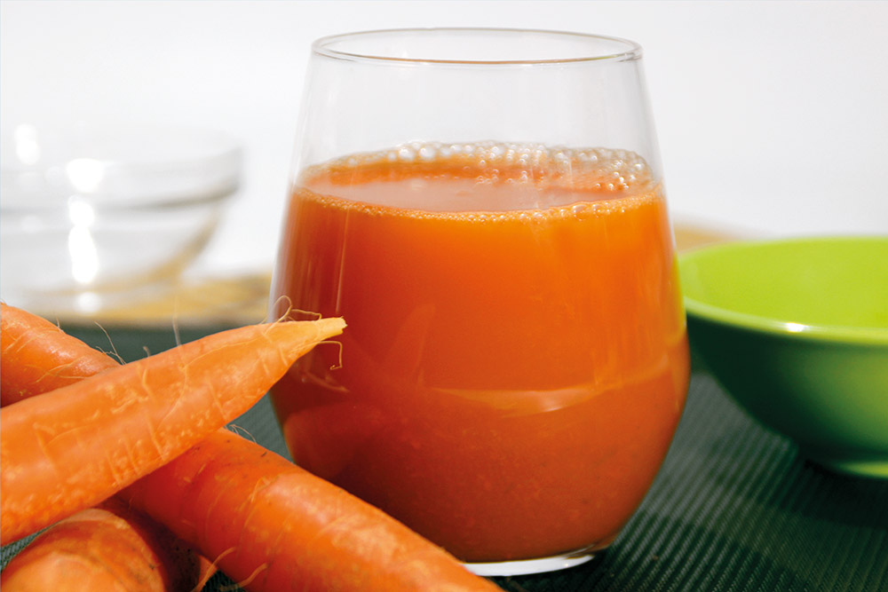 Zumo de zanahoria y col