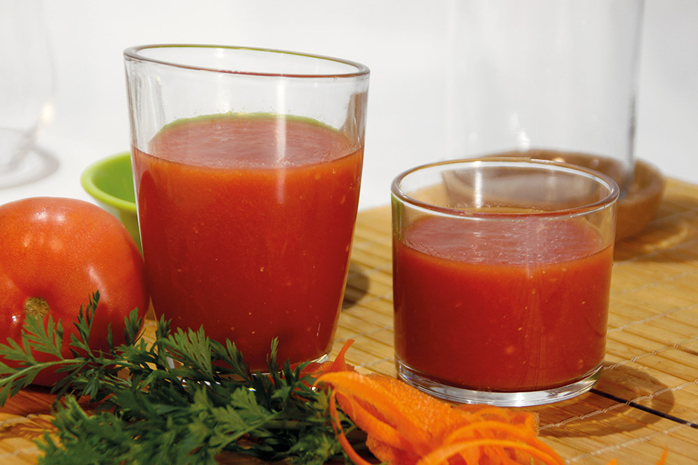 Zumo de zanahoria, tomate e hinojo