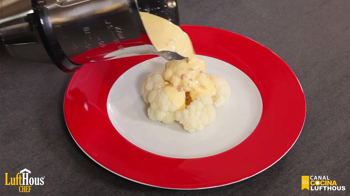 Coliflor a la crema gratinada